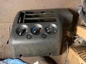 Ford fiesta heater control radio surround dash centre trim 2002 - 2005 mk 6 mk6