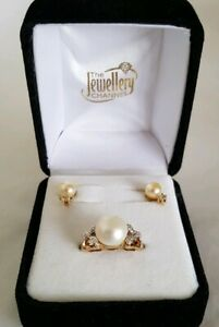 """14ct Yellow Gold Dress Ring .Claw set with two """" Eight cut """" Diamonds & Pearls."""