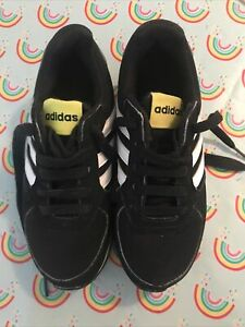 Adidas Trainers. Infant Junior Size 12.5K Good Condition. Lace Up Trainers
