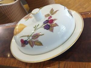 Royal Worcester oval EVESHAM GOLD lidded butter dish and cover lid PORCELAIN