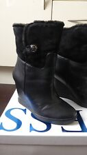 Guess black leather boots size 6 wedge worn once