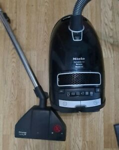 Miele complete c3 extreme powerline Hoover