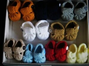 BABY  BOY HAND KNITTED SOFT T - BAR SHOES WITH BUTTON FASTENER