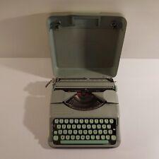 Machine à écrire HERMES Baby MAILLARD SA YVERDON made in SWITZERLAND N3656