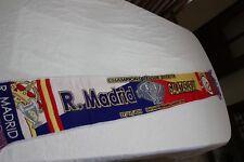 BUFANDA DE LA  CHAMPIONS LEAGUE ENTRE EL REAL MADRID Y GALATASARAY 2013 VINTAGE