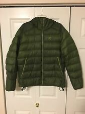 Arc'teryx Cerium SV Hooded Down Jacket Men's Green Medium worn return no defects