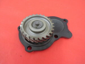 1932-48 Ford oil pump idler gear and cover   flathead V8    C-3-8