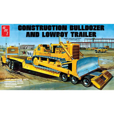 AMT 1218 1/25 Construction Bulldozer and Lowboy Trailer Plastic Model Kit BRAND
