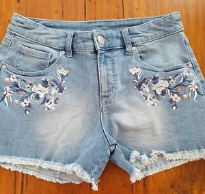 NOW Faded Denim Embroidered Frayed Hem Shorts Size 8