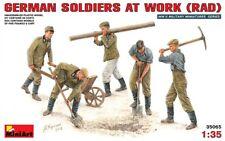 Miniart 35065 - 1/35 WWII Deutsche Soldaten Bei Der Arbeit - Neu