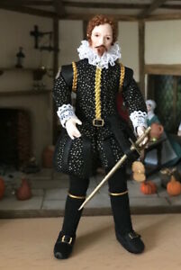12th scale Tudor Wealthy Man in Black by Rycote miniatures.
