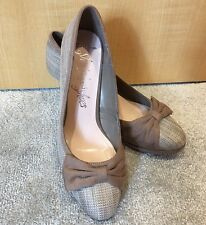 M&S Woman Size UK 7.5 Brown Bow Faux Suede Stiletto High Heels Platform Front