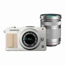 Near Mint! Olympus E-PM2 16MP with 14-42mm + 40-150mm White - 1 year warranty