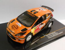 Voitures de sport miniatures orange 1:43