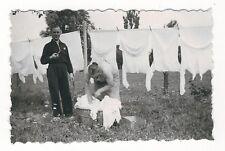 13/131 FOTO BERUF HAUSFRAU - große Wäsche 1934 HEMD WÄSCHEKORB PFEIFEN - RAUCHER