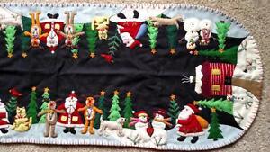 "46"" Handmade Wool Embroidered SANTA Reindeer SNOWMAN Pets CHRISTMAS TABLE RUNNER"