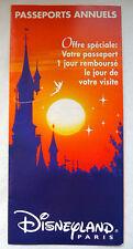"""DEPLIANT PUBLICITAIRE DISNEYLAND PARIS """"PASSEPORTS ANNUELS"""" 1995"""
