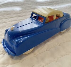RENWAL TOY CAR. 1950's (NO.39) BLUE with YELLOW & RED