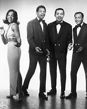 """Gladys Knight and the Pips 10"""" x 8"""" Photograph no 1"""