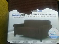 Never wet Perfect fit 1 piece love seat. brand new other