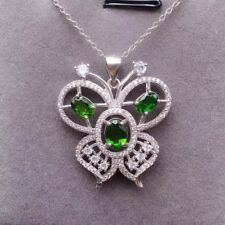 1.50ct 14k White Gold Diamond Flower Pendant