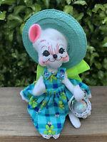 "ANNALEE Doll Mrs Easter 7"" Mouse 2008 Spring Dress Straw Hat Easter Basket w Egg"