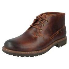 Stivali, anfibi e scarponcini da uomo Clarks con fibbia