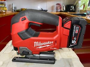 Milwaukee M18FJS M18 18V FUEL Brushless Li-ion Jigsaw With One 5.0Ah Battery.