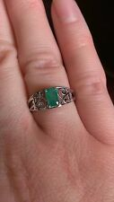 STERLING SILVER SWIRL DESIGN RECTANGULAR STONE NATURAL EMERALD RING  - SIZE 7