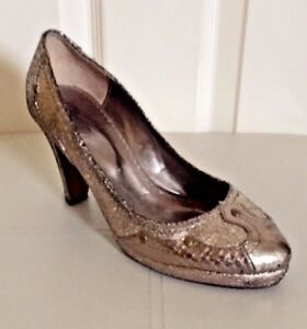 MINETTE BY NEET/ ANTIQUE GOLD LEATHER COURT SHOES/ SIZE 3, EU 36/ DEESSY/ STUDS