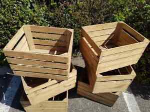 12 x Vintage Wooden Apple Crates - Shop Market Display / Shelves / Product show
