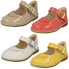Girls Clarks Casual Shoes - Yarn Jump