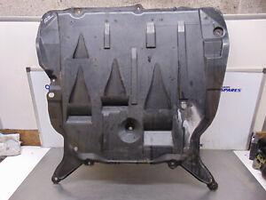 Volvo XC90 02-07 2.9 Lower Engine undertray under tray protector shield 30671144