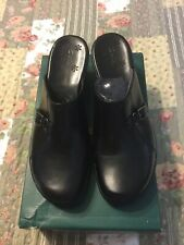 New Clarks Clogs