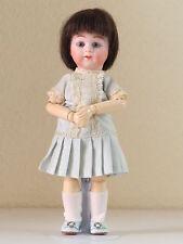 Loulotte  Bouche fermée.  24 cm     (BFD)                  Poupée creation  Doll