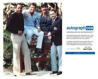 "Tom Selleck ""Magnum, P.I."" AUTOGRAPH Signed 8x10 Photo C ACOA"
