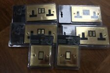 One Electrical Avant Garde Collection Flat plate Polished Brass Blck Ins Box Set
