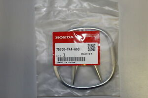Genuine Acura Emblem Front (A) 75700-TK4-A00