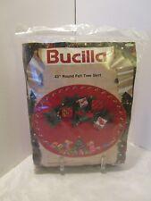 "BUCILLA Felt TREE SKIRT Kit CHRISTMAS MORNING Tree Toys #82926 43"" across 1991"