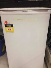 (NOT WORKING) Westinghouse WIM1000WC 100 Litre Compact Refrigerator bar fridge