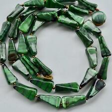 *Vintage AMAZING 60's Dark Green Streaked Glass Double Strand Necklace