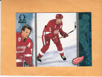 1997 98 PACIFIC OMEGA NICKLAS LIDSTROM EMERALD #83 DETROIT RED WINGS
