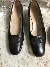 SALVATORE FERRAGAMO Women's Shoes Brown Embroidered 10 N or 10 AA Gancini
