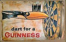 Plaque en métal miniature Guinness Dart for a ...