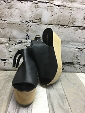 DEENA & OZZY Sz 6 Black Leather Slide Back 2-Buckle Platform Open Toe Shoes