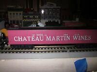 GHATEAU MARTIN WINES  50 FT REFFER   CAR  1/87 HO RTR BUILT   ROUNDHOUSE??