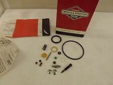 GENUINE Briggs and Stratton 492495 /  498260 Carburetor Overhaul Kit