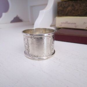 Antique engraved leaf patt sterling silver napkin ring vacant cartouche HM 1913
