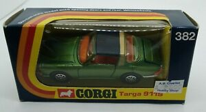 Corgi green Porsche Targa 911S No. 382 Made in Great Britain 1973 MIB