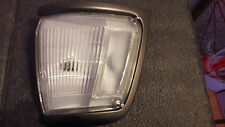 81610-89180	FANALINO ANT. DX TOYOTA HILUX LN85 - FRONT LIGHT